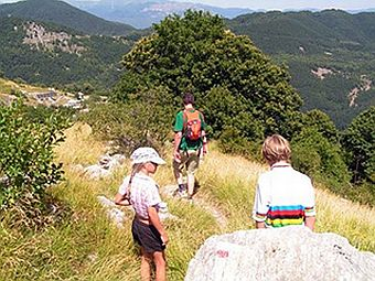 Tuscany Villa    Holiday - In Lunigiana - The Countryside - Walking Near Campocatino Village